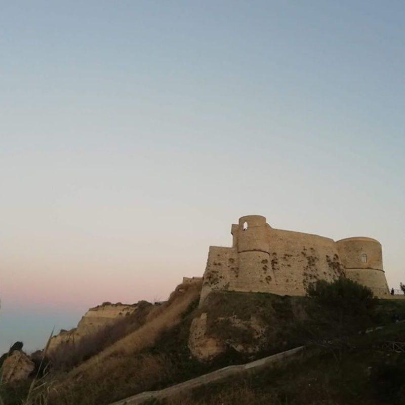 l'Abruzzo e i suoi castelli